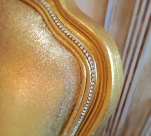 how to glitter furniture
