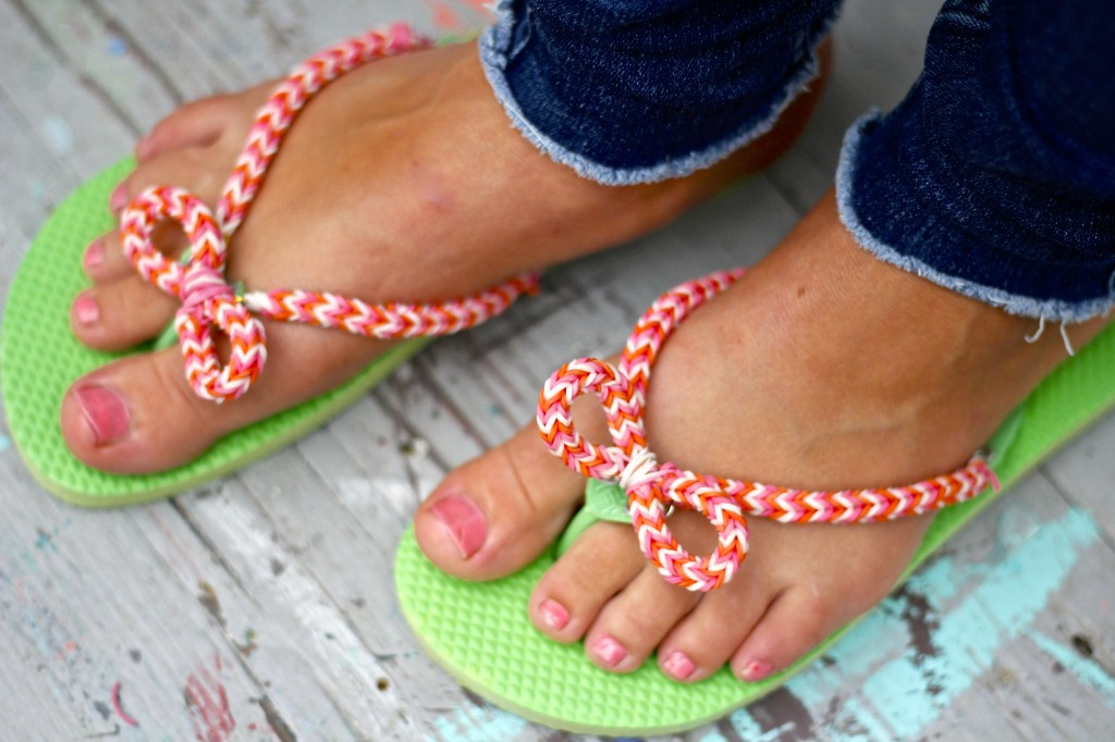 3cf57258c DIY dollar store flip flops with Rainbow Loom!