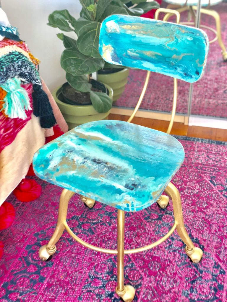 Geode Paint Pour Final good chair